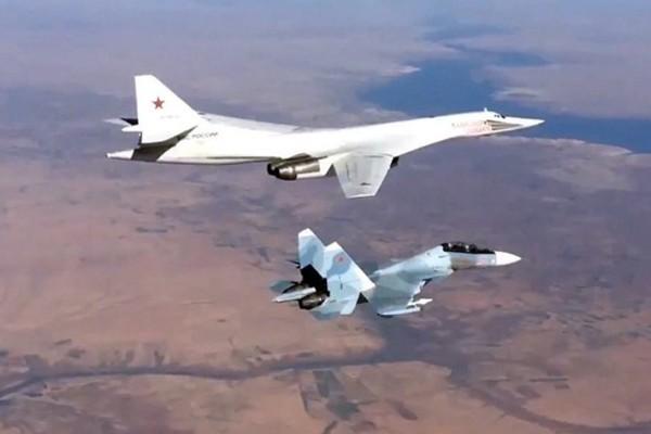 Nga tăng cường sức mạnh ở phía tây để đối phó với NATO