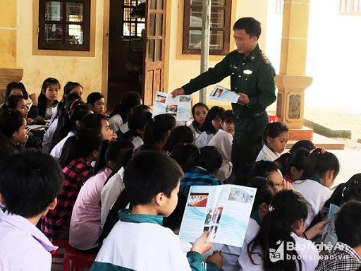 Bình Thuận: Lồng ghép kiến thức pháp luật về phòng, chống mua bán người vào một số môn học