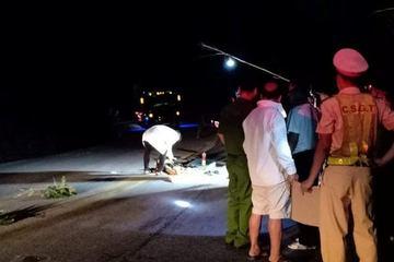 Hà Tĩnh: Truy tìm lái xe đầu kéo cán chết người rồi bỏ chạy trên đường Hồ Chí Minh