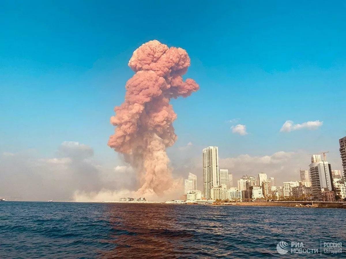 Nga đưa lực lượng cứu hộ tới Lebanon, chuyên gia nói về màu khói 'lạ' từ vụ nổ