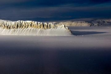 Thềm băng Bắc Cực nguyên vẹn cuối cùng của Canada sụp đổ