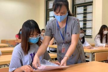 Hình ảnh thí sinh tham dự môn thi đầu tiên trong kỳ thi tốt nghiệp THPT 2020