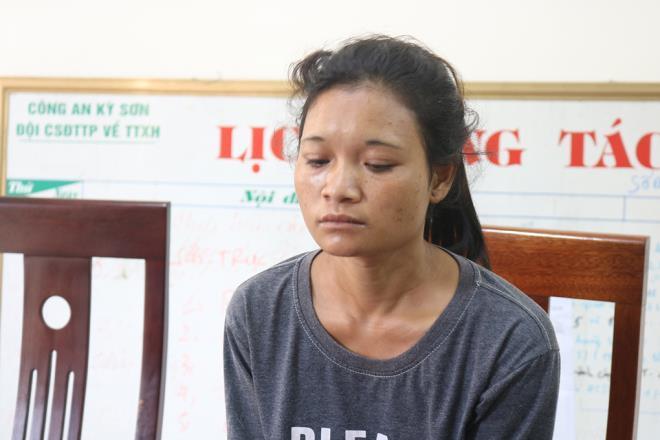 Nghệ An: Bắt tạm giam đối tượng lừa bán phụ nữ cùng quê qua biên giới