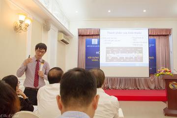 Chuyên gia của WHO tại Việt Nam cảnh báo tác hại của thuốc lá điện tử