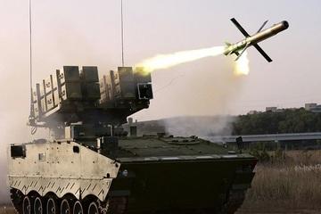 Trung Quốc lần đầu phô diễn sức mạnh tên lửa chống tăng HJ-10