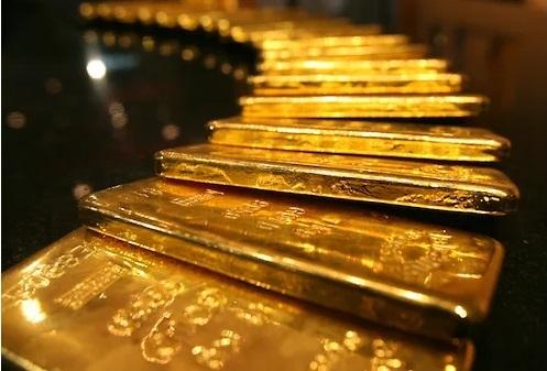 Vì sao người dân Thụy Sĩ đổ xô mua vàng giữa đại dịch Covid-19? - Ảnh 1.