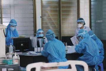 Bộ Y tế cử thêm nhiều 'tướng giỏi' chi viện cho miền Trung