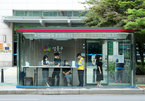 Nhà chờ xe buýt hiện đại giúp tránh mưa nắng và Covid-19 ở Hàn Quốc