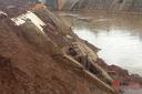 Gia Lai: Kè gần 280 tỷ đồng, 7 năm chưa xong, nhiều chỗ đã hư hỏng