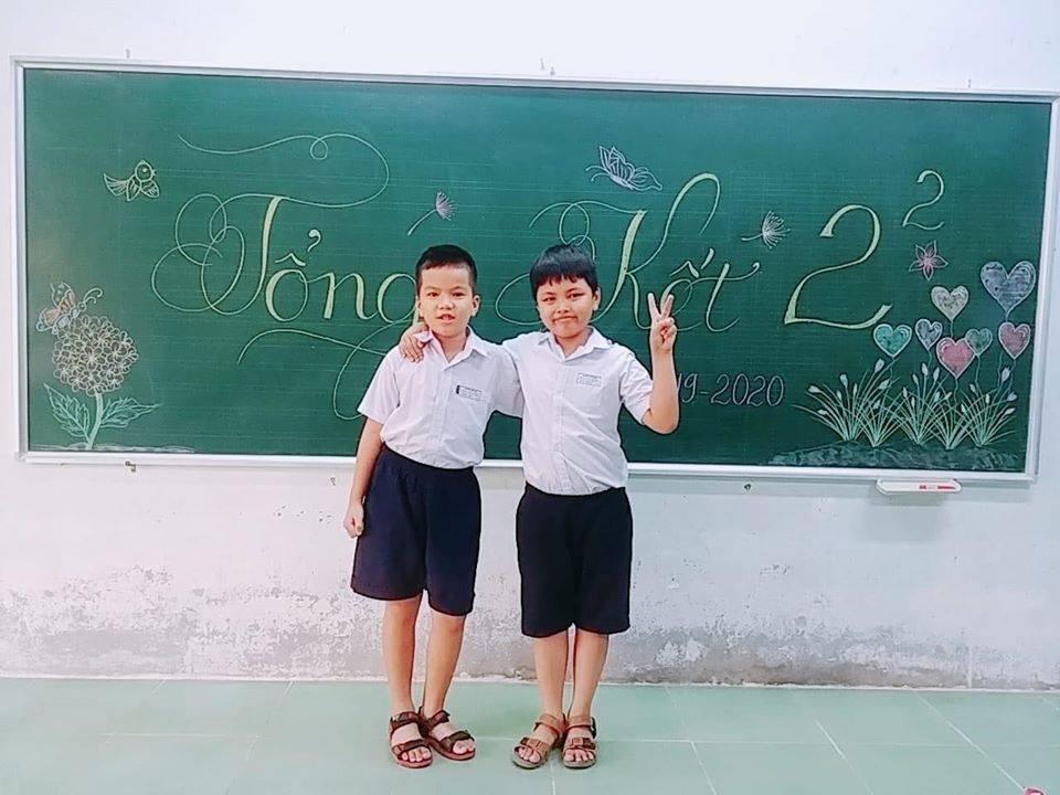 Lời nhắn ấm áp của cậu học sinh lớp 3 gửi lực lượng chống dịch Covid-19