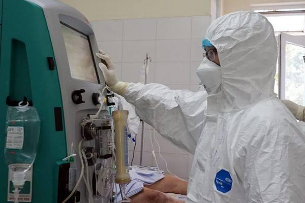 Bác sĩ Bạch Mai trong tâm dịch Đà Nẵng chia sẻ việc điều trị bệnh nhân suy thận mắc Covid-19