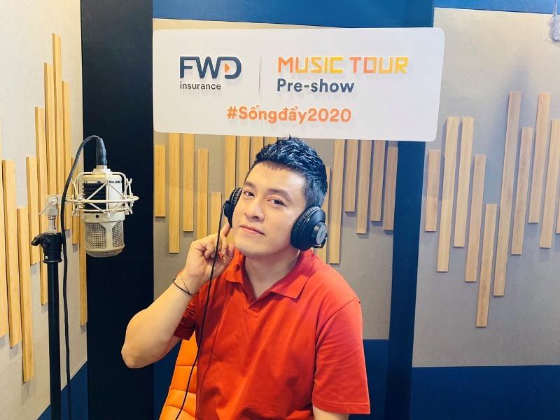 """Lam Trường trở thành người thứ 2 """"cầm trịch"""" FWD Music Tour Pre-show, cổ vũ tinh thần chống dịch"""