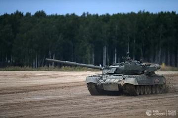 Kinh ngạc xe tăng T-72B3 của Nga lặn xuống độ sâu 5m