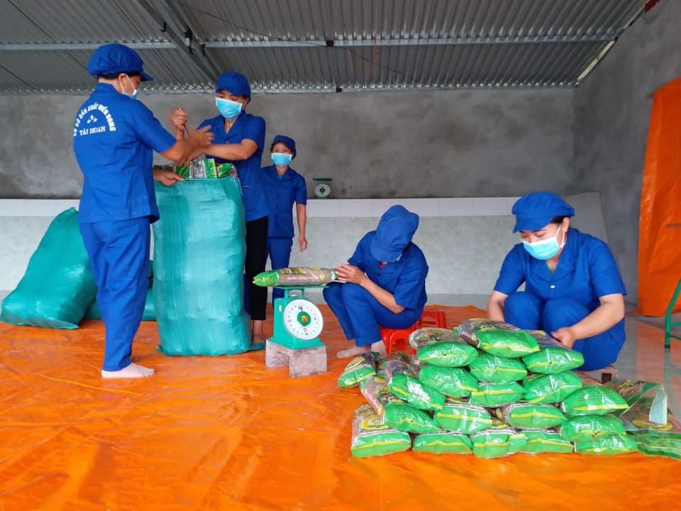 Người đưa miến dong Bắc Kạn xuất khẩu sang Séc