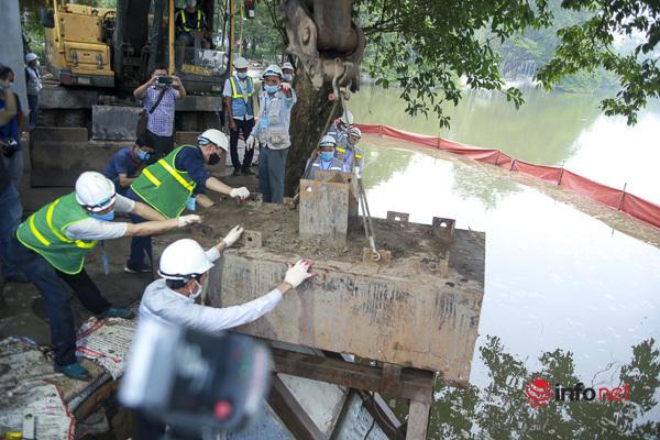 Bờ kè đã hoàn thiện, hồ Gươm có diện mạo mới