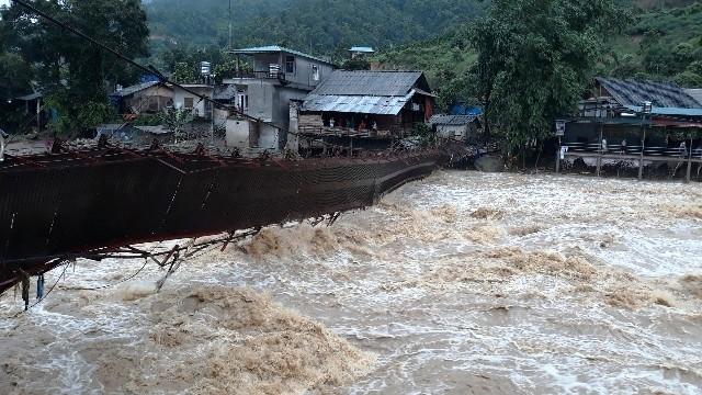 Dự báo thời tiết ngày 22/8: Tây Bắc và Việt Bắc vẫn mưa to, lũ quét rình rập
