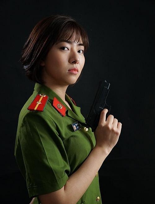 Nữ cảnh sát xinh đẹp phim Mê Cung: '30 tuổi, tôi vẫn chưa muốn lấy chồng'