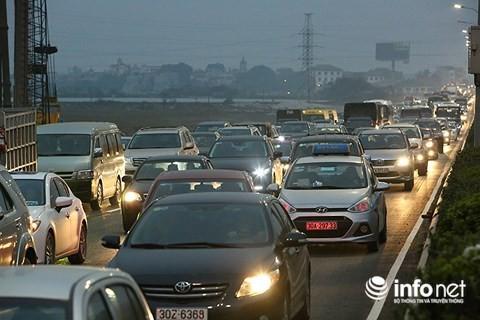 Có nên rút ngắn thời hạn giấy phép lái xe còn 5 năm?