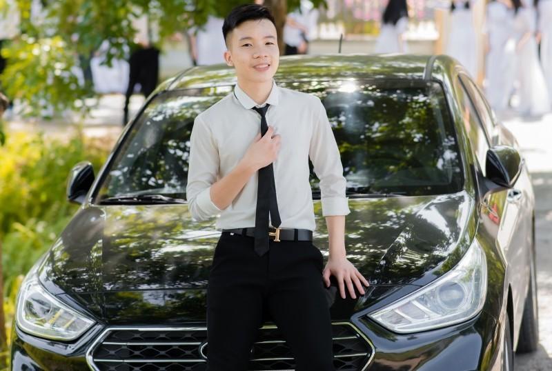 Con trai bác thợ mộc điểm cao vót 3 môn xét tuyển ĐH Y Hà Nội