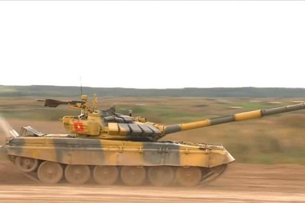 Tank Biathlon 2020: Kíp 3 đội xe tăng Việt Nam thi đấu 'quật cường' vào thẳng bán kết