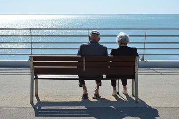 Cặp vợ chồng cao tuổi nhất thế giới lập kỷ lục Guinness