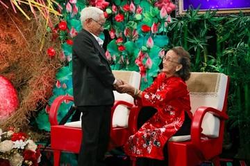 Xúc động chuyện tình cụ ông 88 tuổi năm lần tự tay đỡ đẻ cho vợ