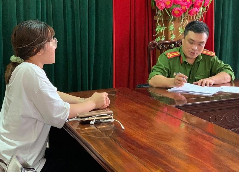 Nghệ An: Cô gái trẻ đoàn tụ gia đình sau 10 năm bị bán sang Trung Quốc