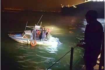 Anh báo động tình trạng di cư bất hợp pháp qua eo biển Manche
