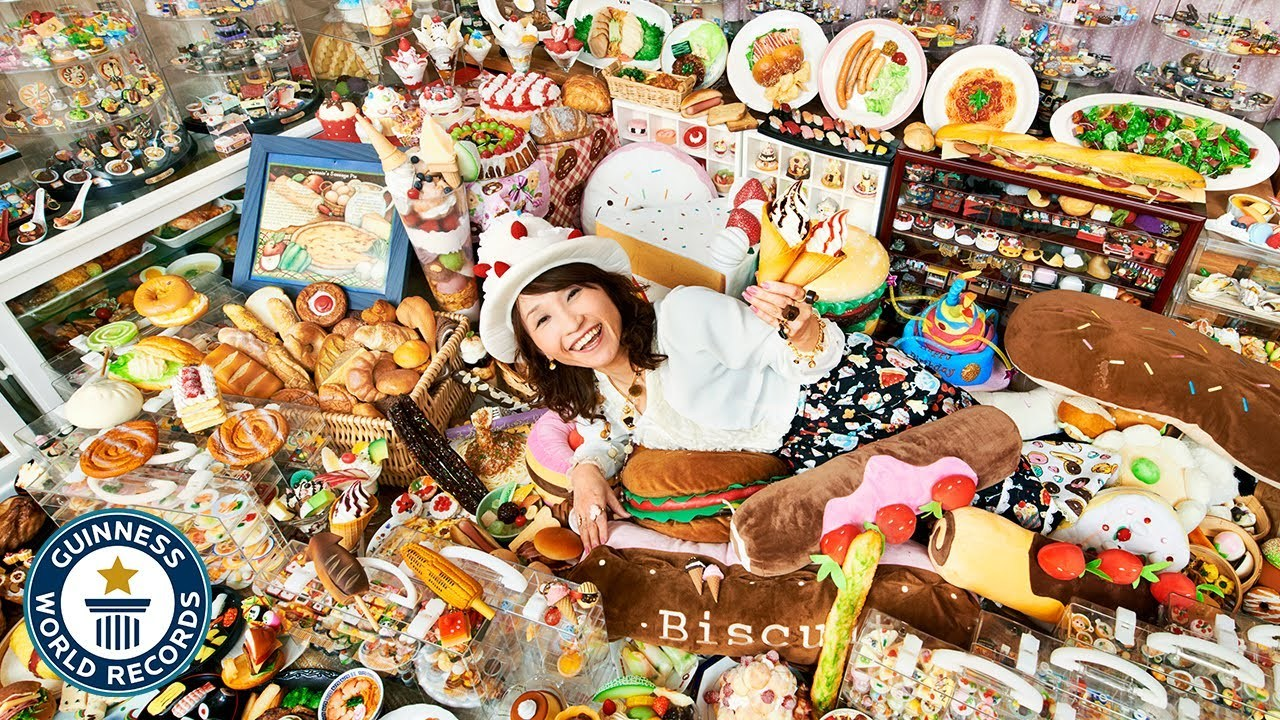 'Choáng' với bộ sưu tập đồ ăn giả nhiều nhất thế giới