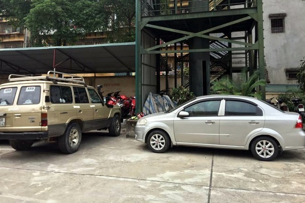 Đỗ xe ở sân chung cư bị cẩu trộm: Đừng nghĩ xe cũ ít tiền thì trộm bỏ qua