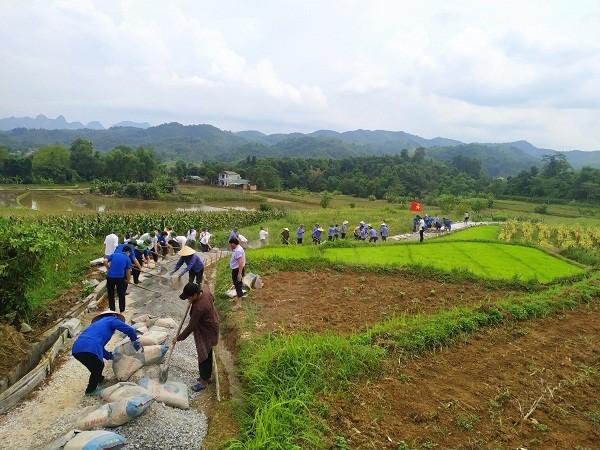 Sôi nổi xây dựng phong trào nông thôn mới tại Hòa An (Cao Bằng)