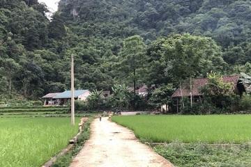Cao Bằng: Nhân dân tích cực đóng góp xây dựng đường giao thông nông thôn