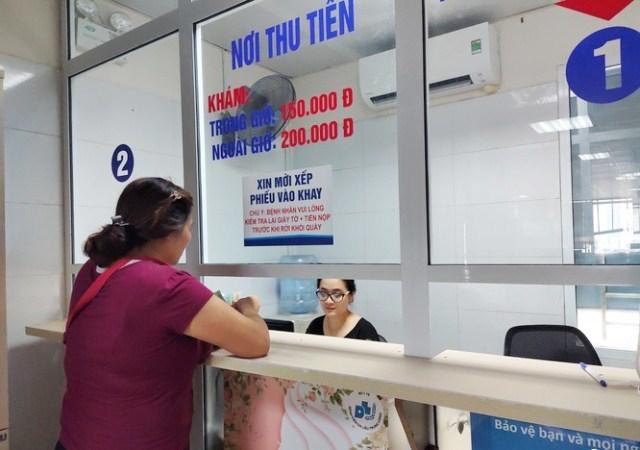 Ứng phó với dịch bệnh: Bệnh viện đẩy mạnh thanh toán viện phí không dùng tiền mặt