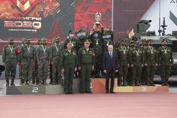 Tank Biathlon 2020: Đội xe tăng Việt Nam xuất sắc về nhất trong trận chung kết bảng 2