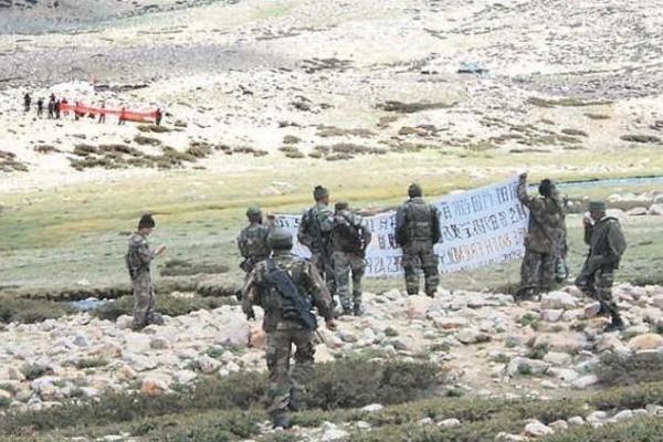 Trung Quốc cáo buộc Ấn Độ nổ súng ở biên giới tranh chấp