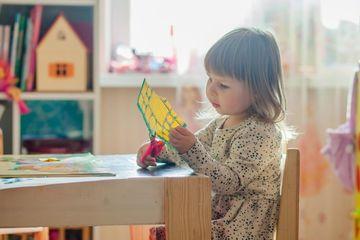 """5 cách """"chơi mà học"""" với trẻ em tại nhà cha mẹ nào cũng nên biết"""