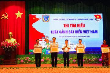 Sôi nổi cuộc thi tìm hiểu Luật Cảnh sát biển Việt Nam