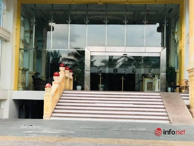 Đà Nẵng: Giám đốc khách sạn đích thân trực quầy để tiết kiệm, thấp thỏm ngóng mùa nhộn nhịp cuối năm