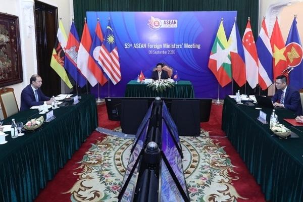 Phó Thủ tướng Phạm Bình Minh chủ trì Hội nghị Hội đồng Điều phối ASEAN 27