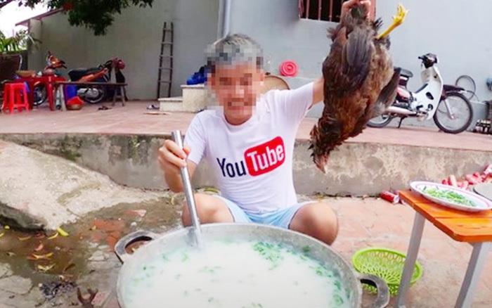 Con trai bà Tân Vlog bị phạt 7,5 triệu đồng vì nấu cháo gà nguyên lông