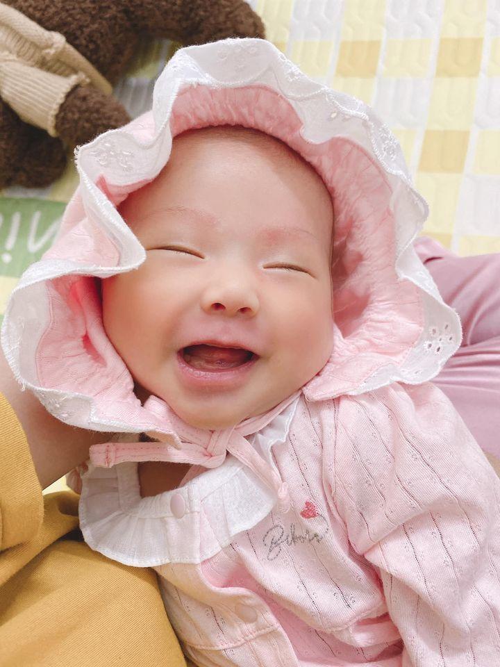 Soi tủ đồ hàng hiệu của các em bé 'ngậm thìa bạc' nhà sao Việt