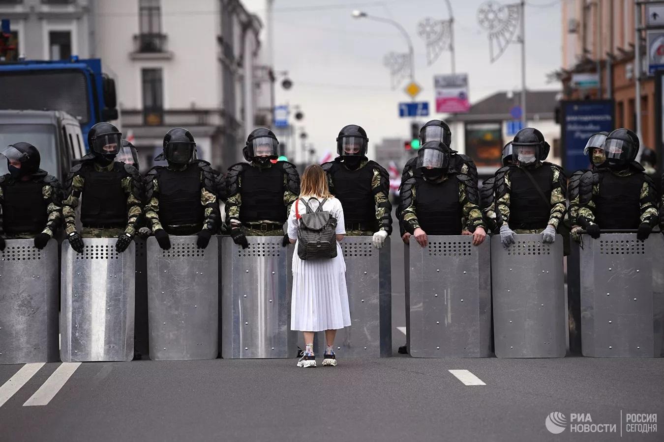 Chùm ảnh: Một tuần tràn ngập sự kiện nổi bật khắp thế giới