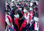 Trung Quốc: Che mắt học sinh bằng khẩu trang để dạy môn đạo đức
