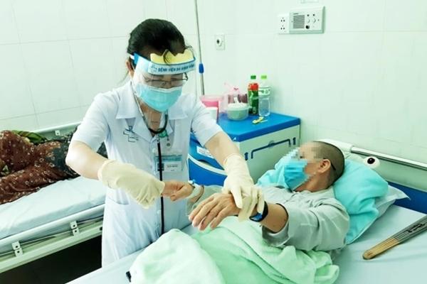 Vụ pate Minh Chay ở Quảng Nam: 2 người xuất viện