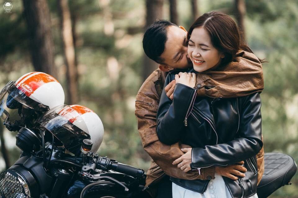 Cặp đôi từ 'không ưa gì nhau' đến bộ ảnh cưới 'tình bể bình' tại Đà Lạt
