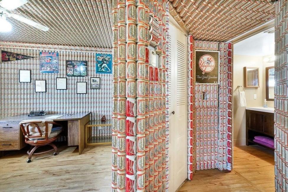 Lạ mắt với ngôi nhà trang trí bằng hàng nghìn lon bia