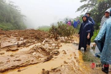 Mưa lớn, sạt lở đất, bản làng biên giới Nghệ An bị cô lập, 1 người tử vong