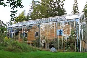 """Độc đáo """"ngôi nhà thiên nhiên"""" vừa giữ ấm lại có rau củ hữu cơ quanh năm"""