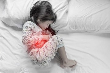 4 tuổi đã viêm dạ dày, bác sĩ chỉ ra 4 nguyên nhân