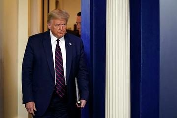 Hé lộ thông tin vụ bắt giữ nghi phạm gửi chất độc cho ông Trump